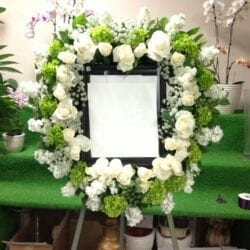 Picture Frame Spray 1